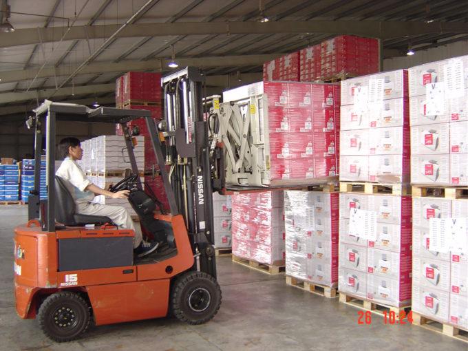 easy handling in warehouse in Scotland